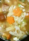 海老芋と豚肉と根菜きのこ具だくさん味噌汁