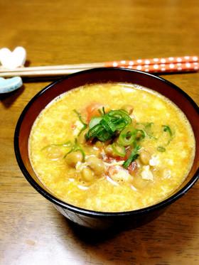 トマトと納豆の卵とじ味噌汁