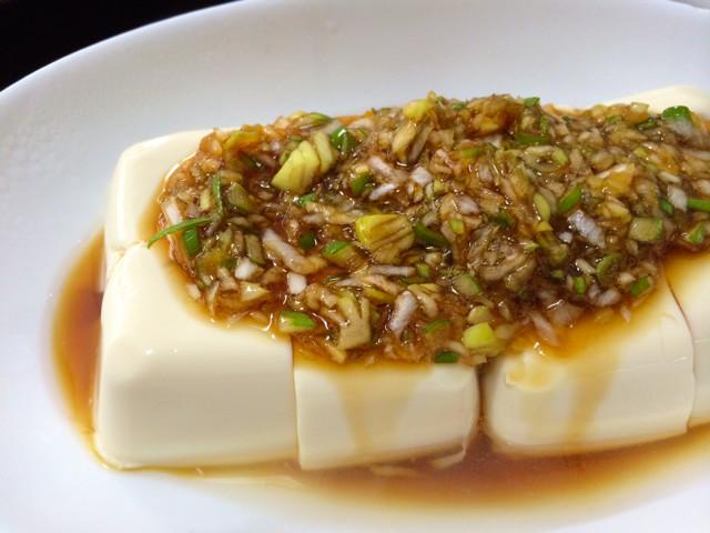 簡単!凄くおいしい豆腐のネギ醤油かけ