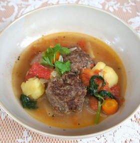 近江牛バーグと野菜の煮込み
