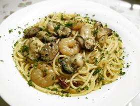 牡蠣と海老のアヒージョ&オイルパスタ