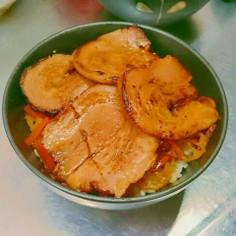 スタミナレンコンきんぴらチャーシュー丼