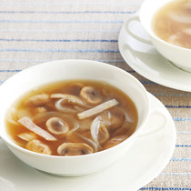 マッシュルームとハムのスープ