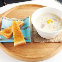 コーンとソーセージのミルクスープ