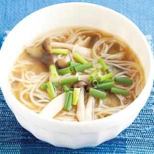 かまぼこ入りそうめんスープ