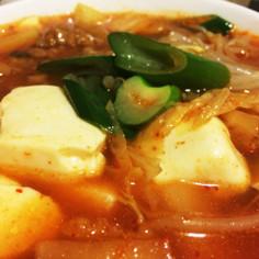 野菜と発酵食品たっぷり!の☆豆腐チゲ☆