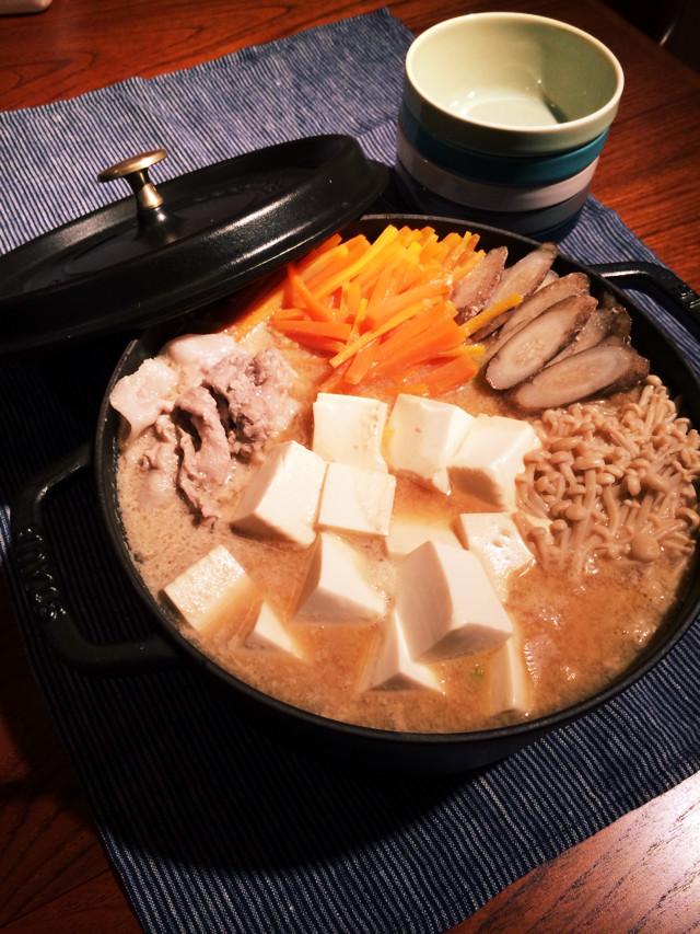 白菜と豚肉の豆乳酒粕鍋