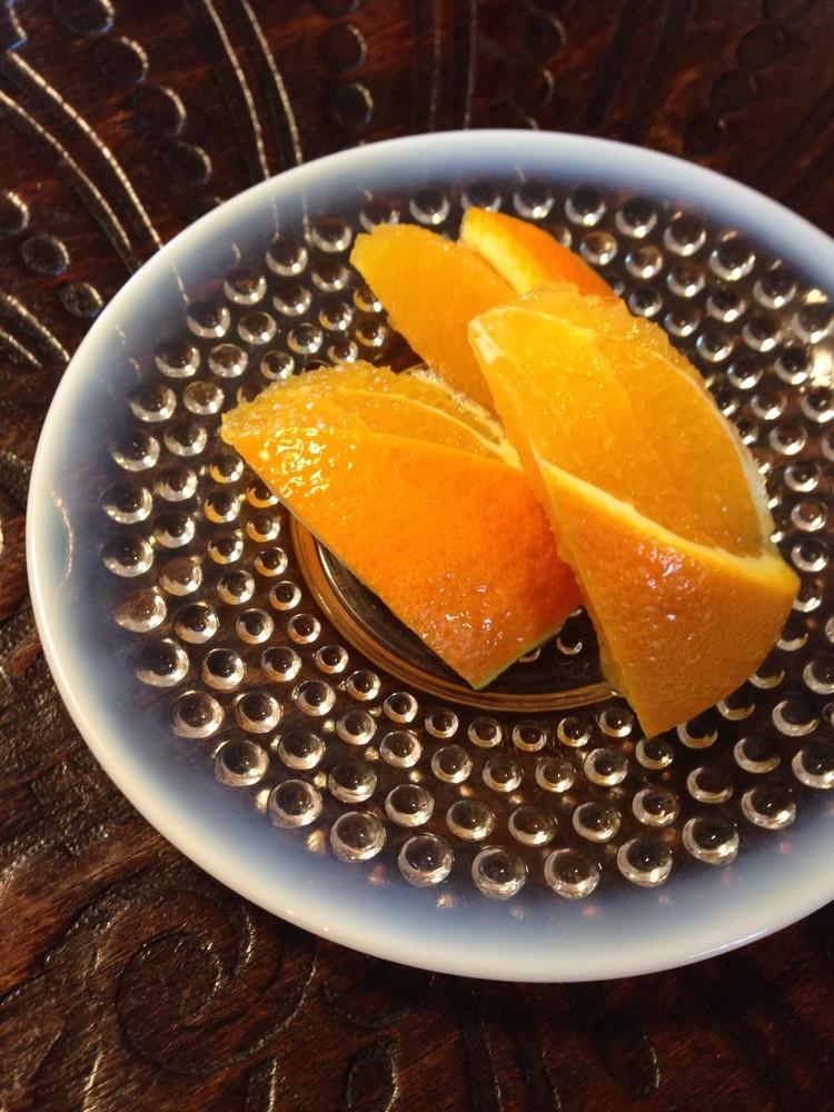 少しお洒落で食べやすいオレンジの飾り切り