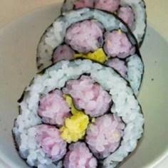 花の巻き寿司【キャラ弁】