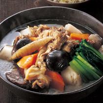 牛すじと根菜の塩煮込み
