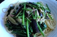 野菜たっぷりほうれん草とナスのスパゲティ