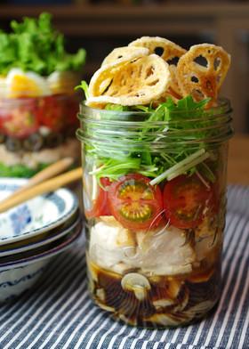 れんこんチップと鶏肉の和風サラダ