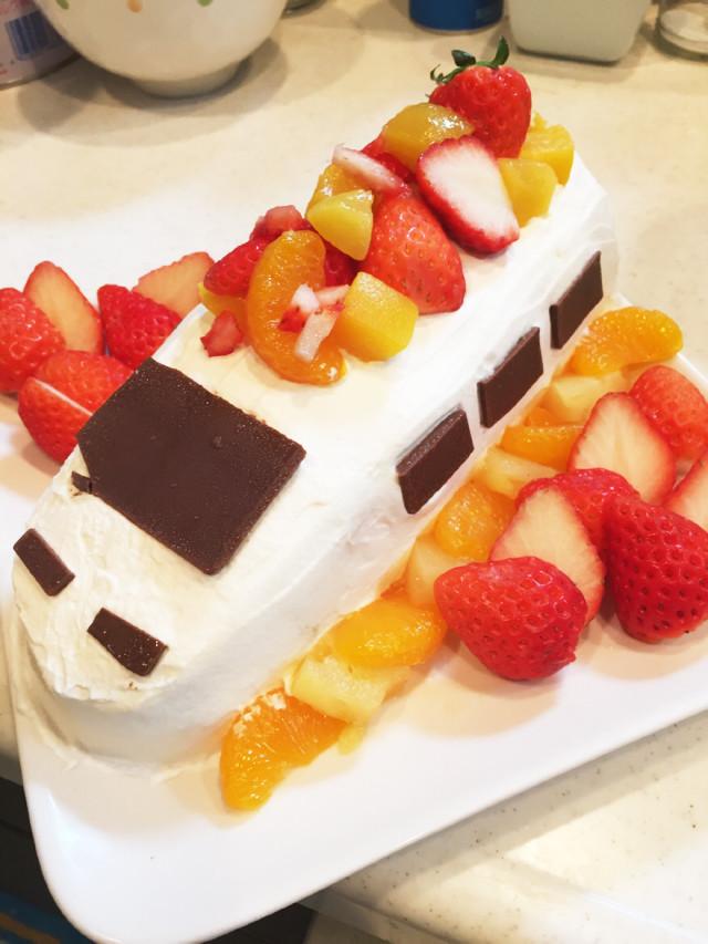 お誕生日ケーキ*新幹線