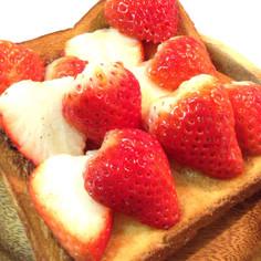 いちごメープル*幸せトースト
