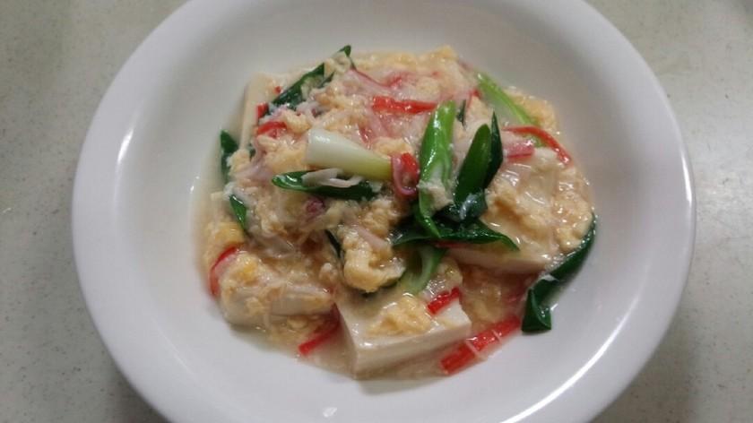 給料日前の味方!豆腐と卵の中華風煮込み