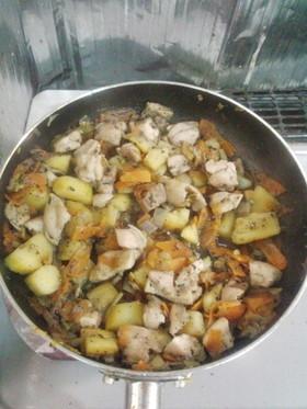 鶏肉とさつまいもの炒め煮