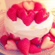 プリンといちごのショートケーキの写真