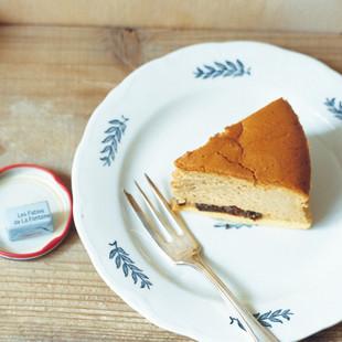 黒糖とラムレーズンのスフレチーズケーキ