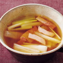 長ねぎとハムのスープ
