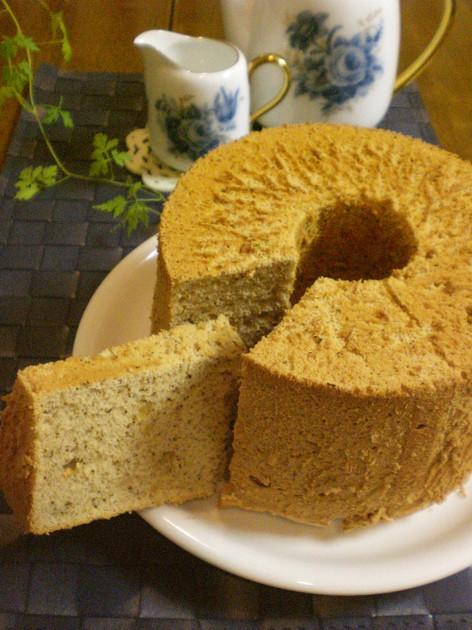 紅茶のシフォンケーキの基本の作り方。簡単なアレンジレシピもチェック!