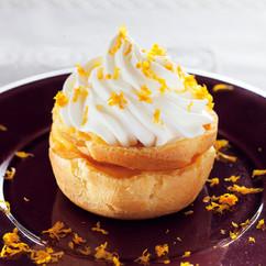 オレンジカスタードシュークリーム