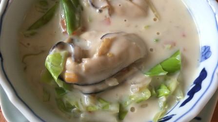 豆乳で♪甘みたっぷり牡蠣のクリーム煮