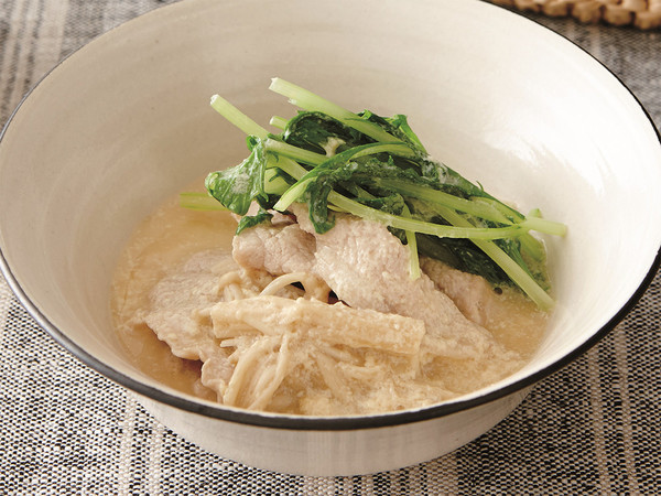 豚肉とえのきの豆乳鍋