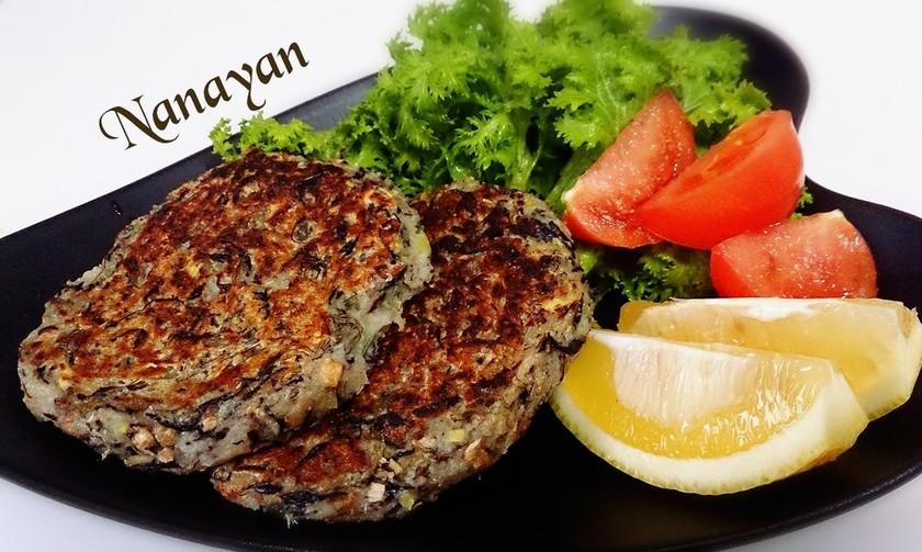 無塩料理☆根菜と乾物のふんわりハンバーグ