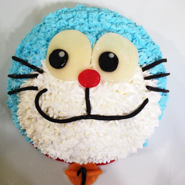 ドラえもんのキャラケーキ
