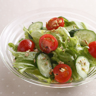 ジンジャー風味のシンプルサラダ