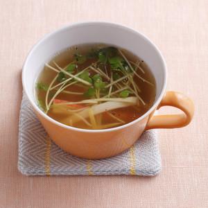 かにかまと貝割れのしょうがスープ