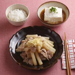 豚バラと大根の炒めものしょうがのせ(写真下)