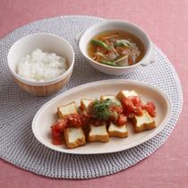 野菜のしょうがスープ(写真右上)