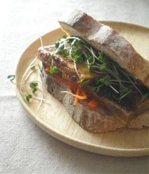 高野豆腐のサンドイッチ