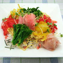昆布じめサーモンの散らし寿司