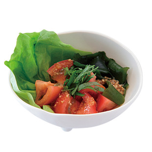 トマトとわかめのサラダ