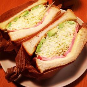 沼サン♩簡単キャベツたっぷりサンドイッチ