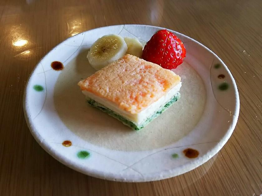 離乳食☆菱餅風パンケーキ(小麦&卵アレ)