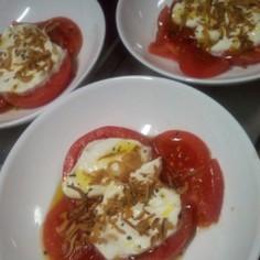 チーズ好きの為のトマトのデザートサラダ