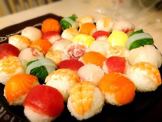 かわいい手まり寿司(^^)