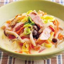 厚切りベーコンと白菜のクリーム煮