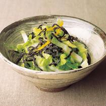 白菜と塩昆布のサラダ