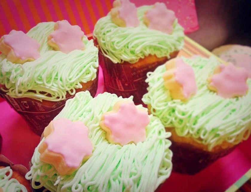 日本の初らしく☆SAKURAカップケーキ