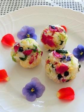 お花見エディブルフラワーの華やか手毬寿司