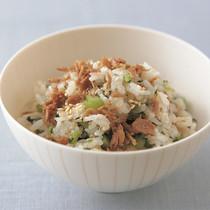 かつおフレークと野沢菜の混ぜご飯