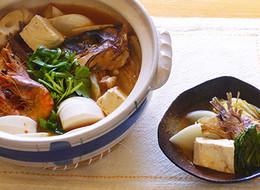鯛のアラと旬の野菜のチゲ鍋