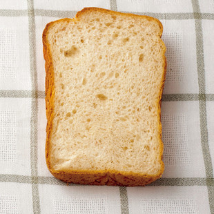 ライ麦ミルクパン