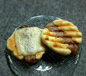 ウインナーとチーズの手づかみパンケーキ♡