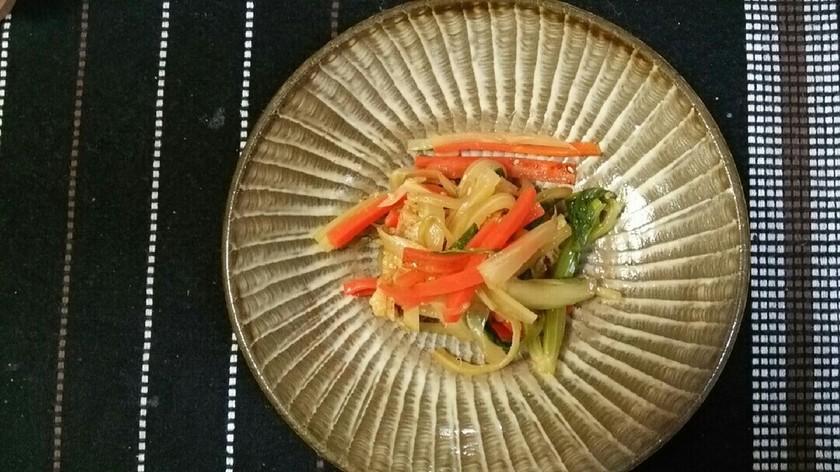 セロリと人参の中華風サラダ♪