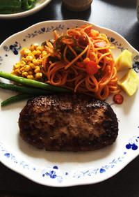 ハンバーグ、ステーキの付け合わせパスタ